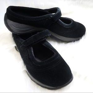 LL Bean Black NWOT slip on Mary Jane clogs